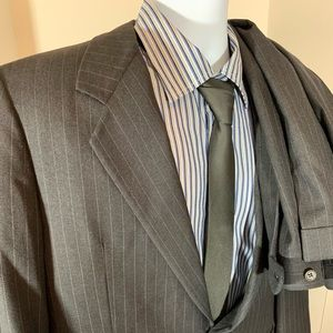 Carroll and Co Connaught Pinstripe 2 pc Suit 42 R
